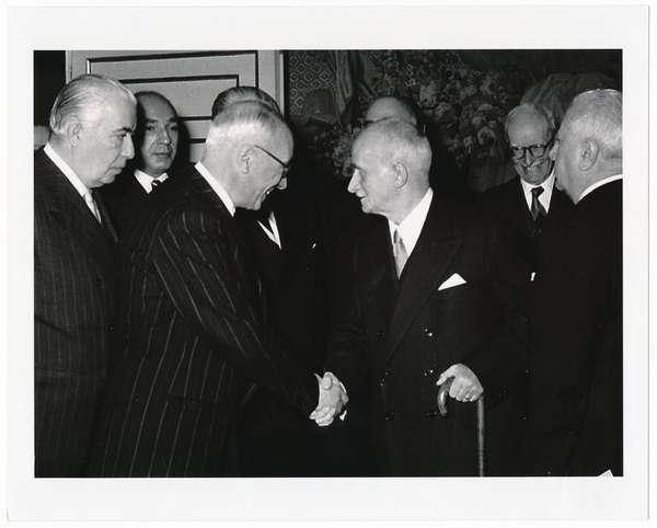 Il Presidente della Repubblica Luigi Einaudi all'inaugurazione del 2° Congresso della Unione Europea dei Federalisti, Roma, Palazzo Venezia