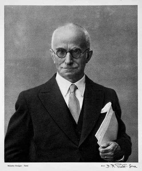Fotografia ufficiale del Presidente della Repubblica Luigi Einaudi