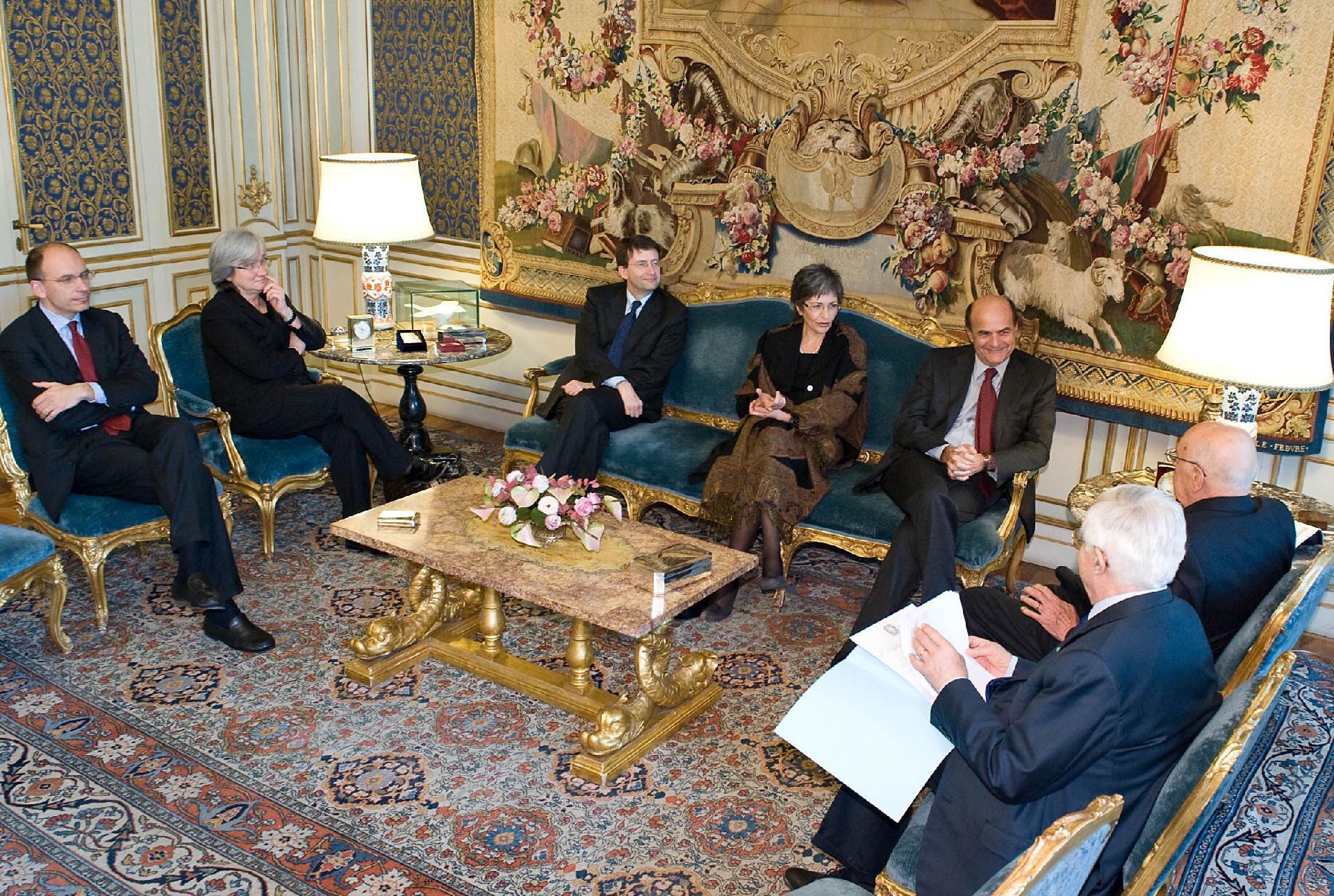 Il Presidente Giorgio Napolitano durante l'incontro con i vertici del Partito Democratico