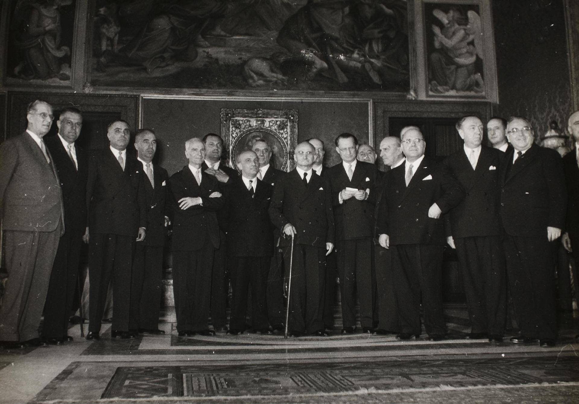 VIII Governo De Gasperi, 16 luglio 1953