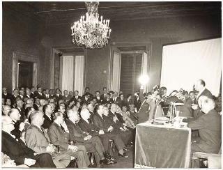 Intervento del Presidente della Repubblica Antonio Segni alla Conferenza di Giuseppe Gabrielli, indetta dal Centro Italiano di Studi per la Riconciliazione Internazionale, Banco di Roma