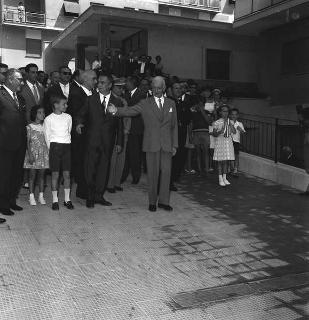 """Inaugurazione case della """"Cooperativa Quirinale"""", s.d."""