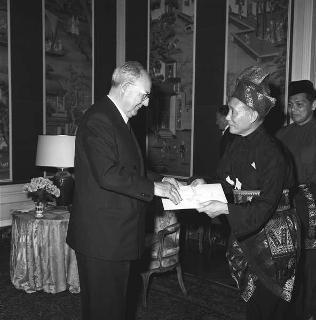 Tan Sri Wong Pow Nee, nuovo ambasciatore di Malaysia: presentazione lettere credenziali