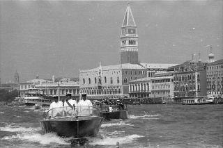 Visita ufficiale del Presidente della Repubblica Giovanni Leone alla città di Venezia, in occasione dell'inaugurazione della XXXVI Esposizione Biennale d'Arte