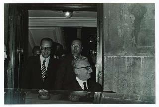 Visita del Presidente della Repubblica Giovanni Leone  nell'abitazione dell'on. Sandro Pertini, Presidente della Camera, per le consultazioni dopo le dimissioni del V Governo Rumor