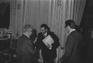 Incontro del Presidente della Repubblica Giovanni Leone con Mariano Pintus, presidente del Consiglio direttivo del Centro per le relazioni italo-arabe