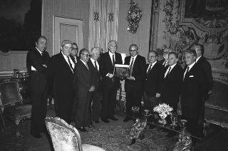 Giuseppe Jogna, presidente del Consiglio nazionale dei periti industriali, con i componenti il Consiglio