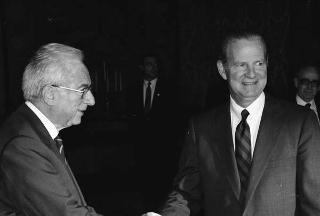 Il Presidente della Repubblica Francesco Cossiga riceve la visita del segretario di Stato degli USA James Baker