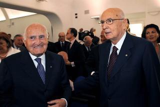 l Presidente Giorgio Napolitano con il Sen. a vita Oscar Luigi Scalfaro in occasione dell'inaugurazione della nuova sede dell'Archivio Storico della Presidenza della Repubblica