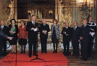 Incontro del Presidente della Repubblica Oscar Luigi Scalfaro con il personale civile e militare del Segretariato Generale della Presidenza della Repubblica in occasione delle festività pasquali