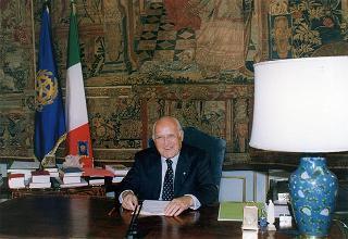 Messaggio del Presidente della Repubblica agli studenti in occasione dell'apertura dell'anno scolastico 1997-1998
