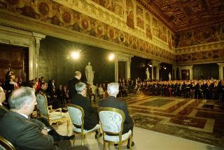 Giuramento del Presidente della Repubblica davanti al Parlamento in seduta comune e suo insediamento.