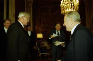 Signor Halldor Blondal, Presidente del Parlamento della Repubblica d'Islanda.