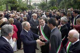 Il Presidente Ciampi durante il ricevimento per la Festa della Repubblica nei giardini del Palazzo del Quirinale