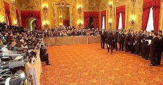 Una immagine del Salone delle Feste al Quirinale durante la tradizionale foto ufficiale del nuovo Governo al termine della cerimonia di Giuramento.