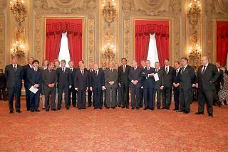Il Presidente Ciampi e il Presidente del Consiglio Silvio Berlusconi con i neo Ministri.