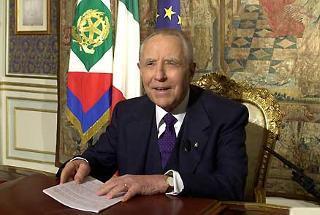 Il Presidente Ciampi durante il messaggio di fine anno agli italiani