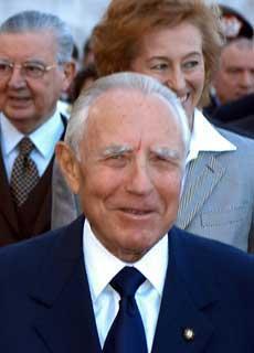 Il Presidente Ciampi al Vittoriano in occasione dell'apertura dell'anno scolastico 2003/2004.