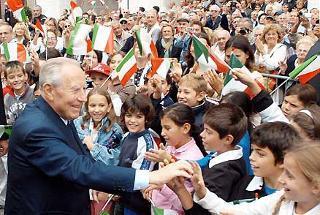 Il Presidente Ciampi al suo arrivo in Piazza Cavalli.