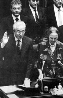 Il Presidente della Repubblica Francesco Cossiga con Nilde Jotti al Parlamento