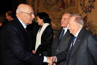 Il Presidente Giorgio Napolitano con Giovanni Pieraccini, Presidente della Fondazione Romaeuropa in occasione del concerto per i 25 anni della Fondazione Romaeuropa