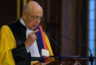 Il Presidente Giorgio Napolitano rivolge il suo indirizzo di saluto, in occasione del conferimento del dottorato honoris causa all'Università Sorbonne-Paris IV