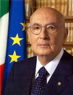 fotografia ufficiale del Presidente della Repubblica Giorgio Napolitano
