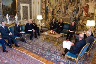 Il Presidente Giorgio Napolitano nel corso dell'incontro con una delegazione del Consiglio Nazionale Forense, guidata dal Presidente Guido Alpa