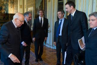 Il Presidente Giorgio Napolitano accoglie una delegazione del Gruppo Barilla, guidata dal Presidente Guido Barilla, per la presentazione del progetto Barilla Center for Food & Nutrition