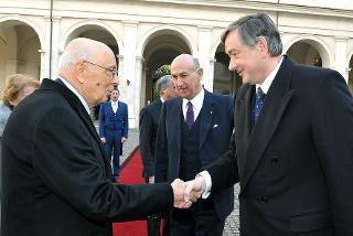 Il Presidente Giorgio Napolitano accoglie al Quirinale il Signor Danilo Türk, Presidente della Repubblica Slovena, in visita di Stato in Italia