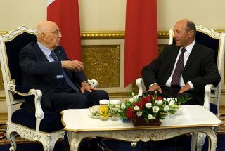 Il Presidente Giorgio Napolitano con il Presidente di Romania Traian Basescu, nel corso dei colloqui