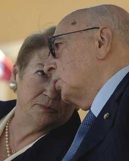 Il Presidente Giorgio Napolitano con la moglie Clio, al Convegno per il XX Anniversario della scomparsa di Altiero Spinelli.