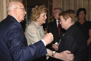 Il Presidente Giorgio Napolitano con la moglie Clio, la Signora Lora Lama, il Segretario della C.G.I.L. Gugliemo Epifani e la Signora Claudia Lama, a Palazzo Giustiniani, in occasione della commemorazione dell'On. Luciano Lama