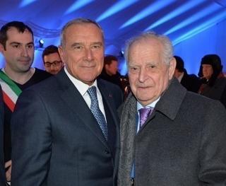 Il Presidente del Senato nell'esercizio delle funzioni del Presidente della Repubblica, Pietro Grasso, con Alberto Israel, ex deportato proveniente dalla comunità italiana di Rodi