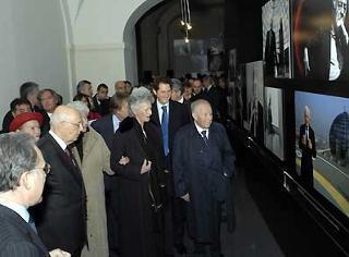 Il Presidente Giorgio Napolitano con la moglie Clio, Donna Marella Agnelli, John HelKann ed il Presidente Emerito della Repubblica Carlo Azeglio Ciampi, durante la visita alla Mostra su Gianni Agnelli al Vittoriano.