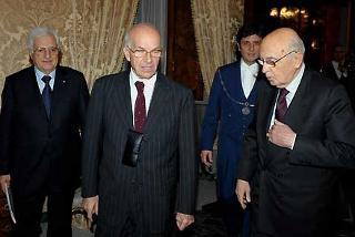 Il Presidente Giorgio Napolitano con Fausto Bertinotti, Presidente della Camera dei deputati ed il Segretario generale del Quirinale, Donato Marra