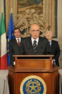Il Presidente Giorgio Napolitano durante la dichiarazione alla stampa in occasione della firma del Decreto di scioglimento delle Camere