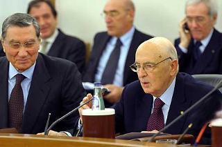 Il Presidente Giorgio Napolitano con il Vice Presidente del CSM, Nicola Mancino in occasione della odierna seduta del Consiglio