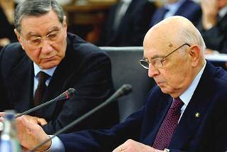 Il Presidente Giorgio Napolitano con il Vice Presidente del CSM Nicola Mancino, durante il suo intervento