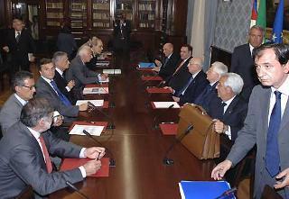 Il Presidente Giorgio Napolitano durante l'incontro con il Coordinamento interforze allargato alle Autorità Giudiziarie.