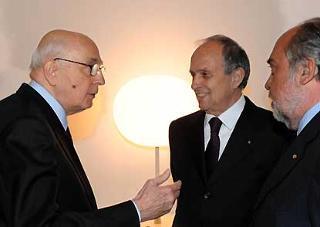 Il Presidente Giorgio Napolitano con il Presidente e Amministratore Delegato di Finmeccanica Pier Francesco Guarguaglini e il Direttore generale di Finmeccanica Giorgio Zappa, in occasione della celebrazione del 60° anniversario di Finmeccanica.