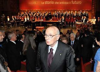 Il Presidente Giorgio Napolitano al termine del concerto per la celebrazione del 60° anniversario di Finmeccanica.