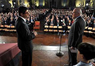 Il Presidente della Repubblica Giorgio Napolitano con il Giornalista Gianni Riotta a Palazzo Vecchio,nel pomeriggio di oggi 31 marzo 2008,durante l'incontro sulla Costituzione Italiana.