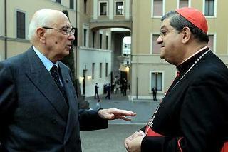"""Il Presidente Giorgio Napolitano con S.Em. Rev.ma il Cardinale Crescenzio Sepe autore del libro """"Non rubate la speranza"""" all'Auditorium Augustinianum"""