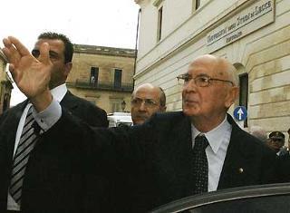 Il Presidente Giorgio Napolitano all'uscita dall'Universita degli Studi.