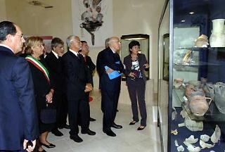 Il Presidente della Repubblica in visita ai reperti archeologici del restaurato convento del Carmine.