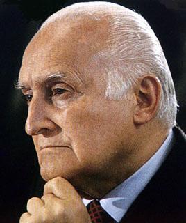 primo piano del Presidente Oscar Luigi Scalfaro