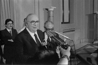 Il sen. Giovanni Spadolini riceve l'incarico di formare il nuovo Governo