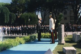 Il Presidente della Repubblica Oscar Luigi Scalfaro durante la celebrazione del 50° anniversario del ritorno di Gorizia all'Italia